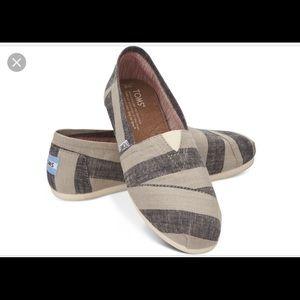 Toms Beige Blue Striped Shoes